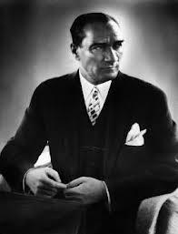 Trzeba przyznać, że Atatürk potrafił się ubrać